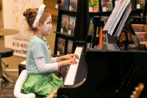 Kids Private Piano Lessons